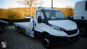 Iveco tow truck Daily 70C18P
