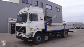 Camion plateau Volvo F12