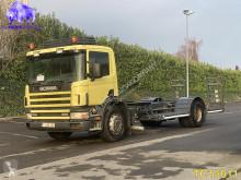 Ciężarówka Scania D podwozie używana