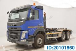 Camión Gancho portacontenedor Volvo FM 420