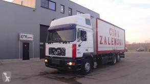 Camión MAN 26.414 furgón usado