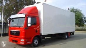 Camión MAN furgón usado