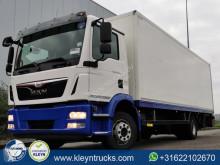 Camião MAN TGM 12.290 furgão usado