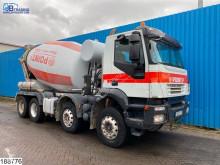 Camión Iveco Trakker 360 hormigón cuba / Mezclador usado