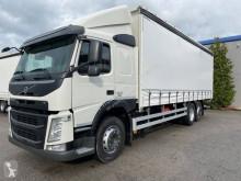 Volvo függönyponyvaroló teherautó FM 330