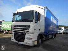 Camion rideaux coulissants (plsc) DAF XF105 410