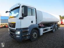 Camión MAN TGS 26.400 6x2*4 18.500 l. ADR cisterna usado