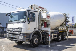 Mercedes Actros 3241 truck used concrete pump truck