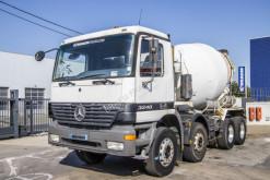 Camion béton toupie / Malaxeur Mercedes Actros 3240