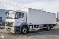 Mercedes mono temperature refrigerated truck Axor 1829