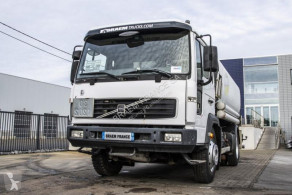 Camion Volvo FL 615 citerne hydrocarbures occasion