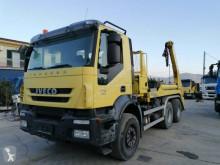 Camión Iveco Trakker 260 T 41 multivolquete usado