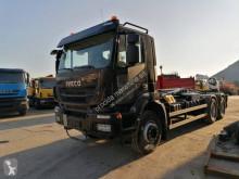 Camión Iveco Trakker AD 260 T 45 P Gancho portacontenedor usado