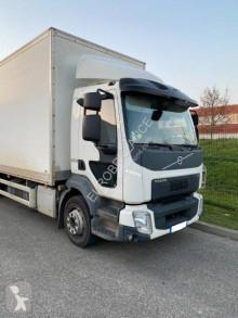 Camión Volvo FL furgón usado
