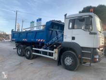 Camión MAN TGA 26.390 volquete volquete trilateral usado