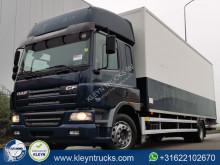 Camión furgón DAF CF75