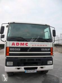 Camión caja abierta DAF CF85 380