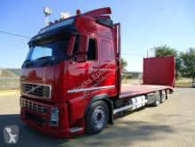 Camion transport utilaje Volvo
