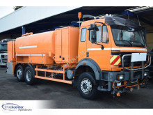 Camión cisterna Mercedes SK 2538