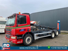 Camion porte containers DAF CF75