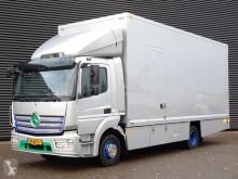 Camião Mercedes Atego furgão usado