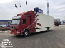 Camion furgon Volvo FM7