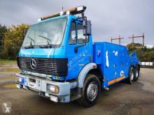 Camión de asistencia en ctra Mercedes SK 2629