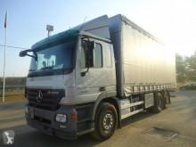 Camión Mercedes lonas deslizantes (PLFD) usado