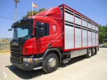 Camión remolque ganadero Scania P 380