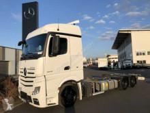Ciężarówka Mercedes Actros 2542 L BDF 6x2 Volumen Retarder Safety P. podwozie używana