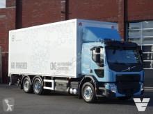 Camion fourgon Volvo FE 320
