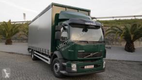 Camión Volvo FL 240 lonas deslizantes (PLFD) usado