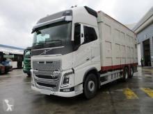 Camión remolque ganadero Volvo FH16 600