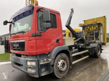 MAN hook arm system truck TGM 15.250