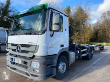 Mercedes hook arm system truck Actros 2548