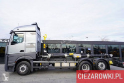 Mercedes hook arm system truck Actros 2542