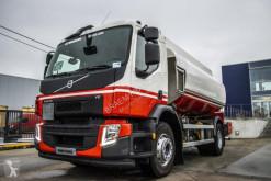 Teherautó Volvo FE használt szénhidrogének tartálykocsi