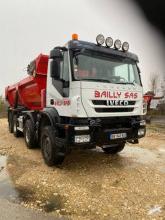 Camión volquete de obra Iveco Trakker 450