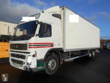 Volvo box truck FM 340