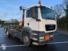 MAN hook arm system truck TGS 26.400