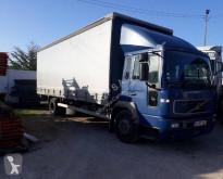 Volvo tautliner truck FL