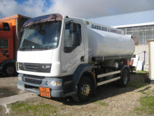 Camião cisterna hidraucarburo DAF LF 250