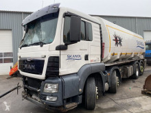 Camion citerne MAN TGS 35.440