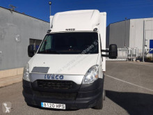 Camion fourgon Iveco Daily 70C15