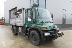 Camion plateau Unimog U300
