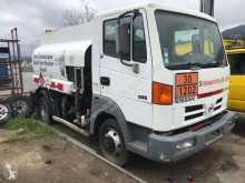 Camion Nissan Atleon 80.14 citerne hydrocarbures occasion