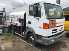 Ciężarówka Nissan Atleon 80.14 cysterna do paliw używana