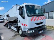 Camión de asistencia en ctra Renault Midlum 150