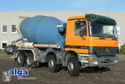 Camião Mercedes 3240 B Actros 8x4, Liebherr 9m³, Euro 3,Schalter betão betoneira / Misturador usado