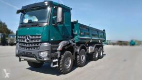 Vrachtwagen Mercedes Arocs 4145 8x6 4-Achs Kipper Singelreifen tweedehands kipper